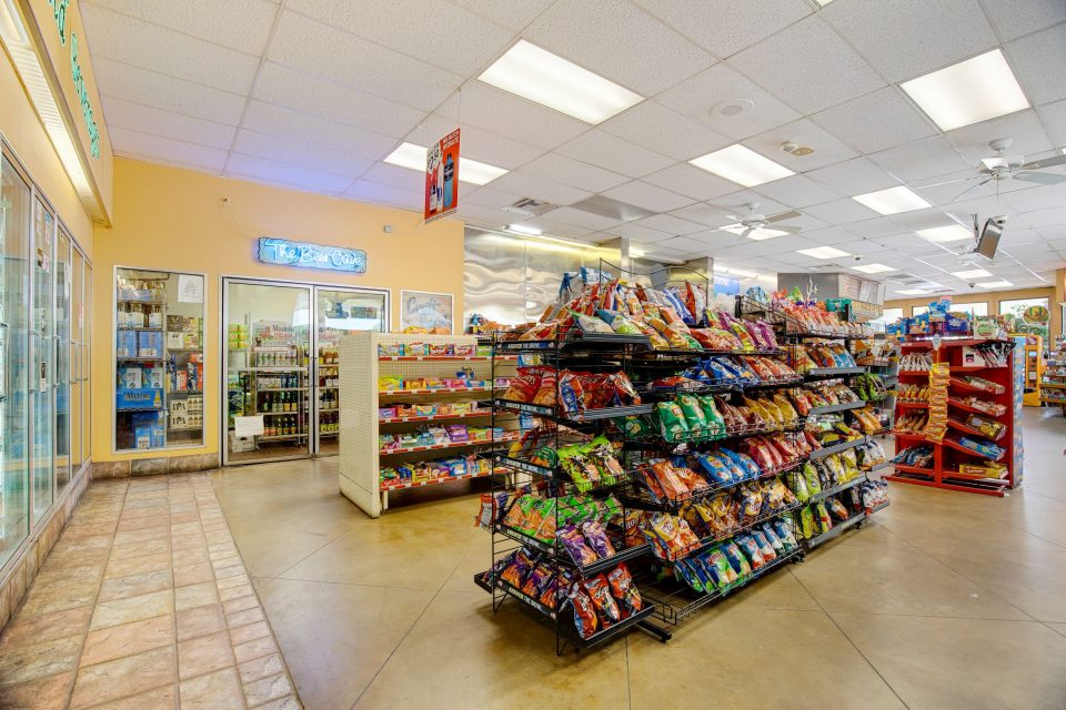 Encinitas C-Store(1)